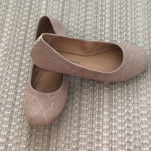 Lucky Brand Emmie Flats Size 8 Tan